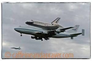 00322012 04 17_Space Shuttle Discovery_0215v2af.jpg